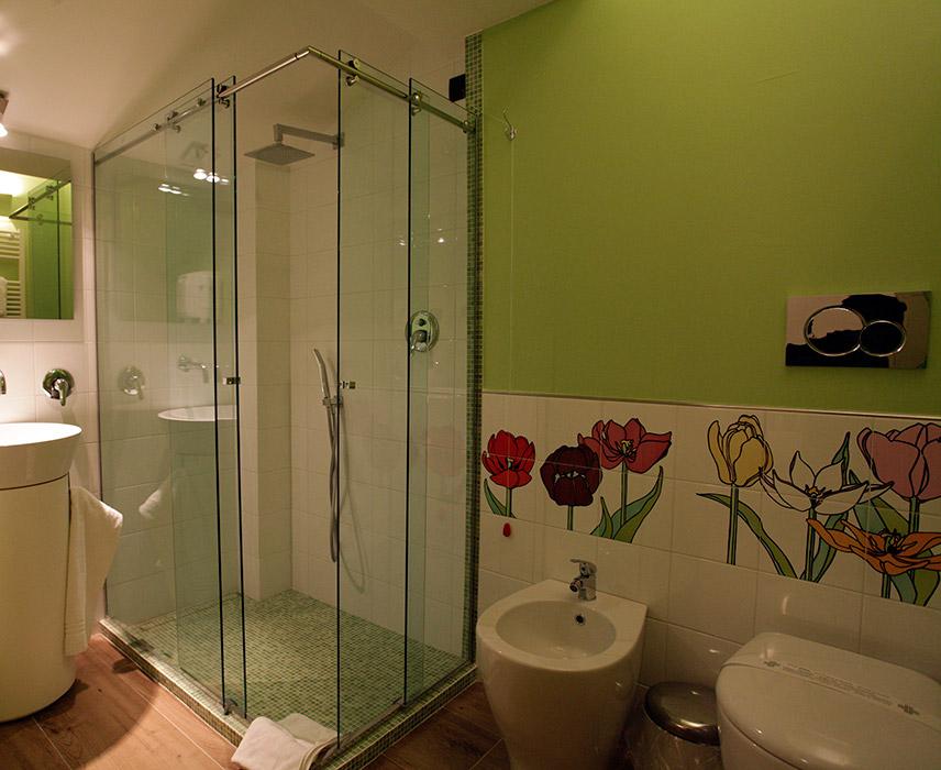 Inebria Room
